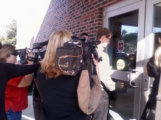 Jason Baldwin Enters Courthouse