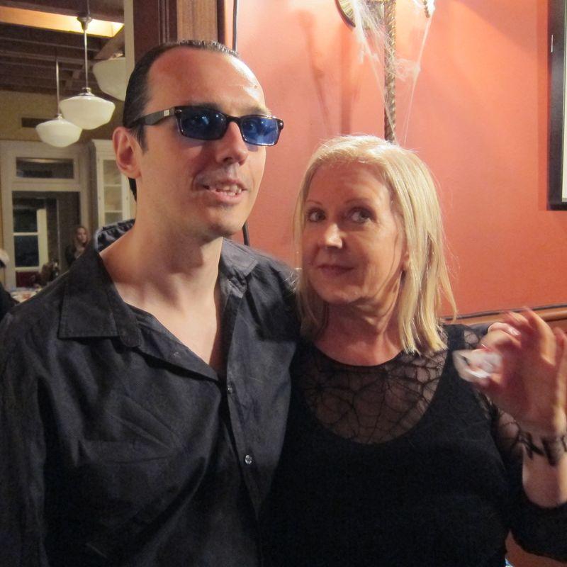 Lisa Damien fangs